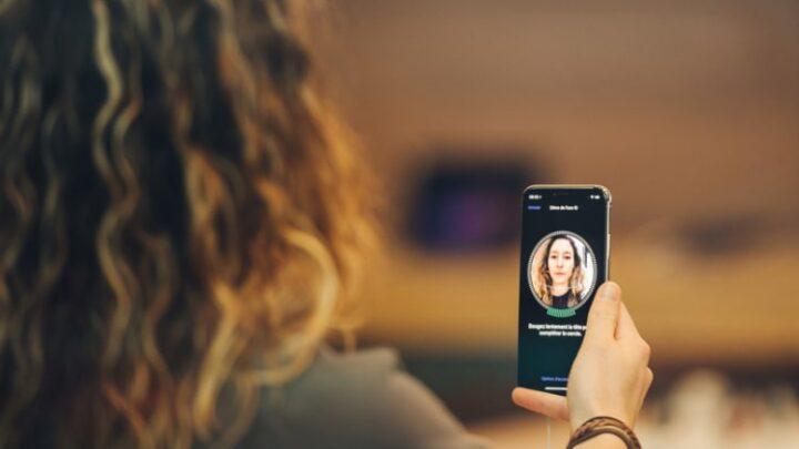 Hvordan får jeg Face ID til iPhone til at virke?